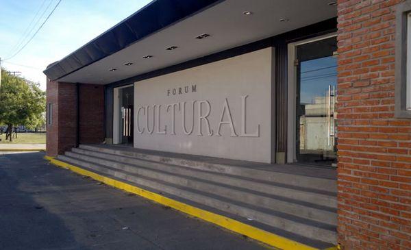 Mucho público disfrutó de la maratón de teatro en el Forum Cultural