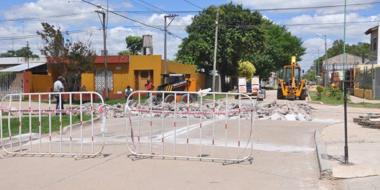 Esta semana se cerrará el paso a nivel de calle Pellegrini