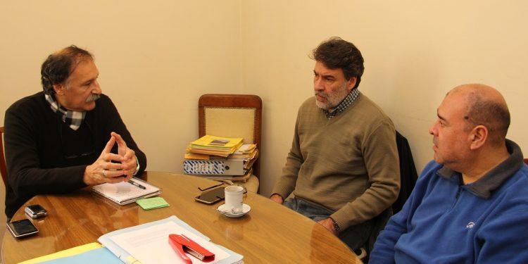 Municipio recibió a dirigentes del gremio del Papel