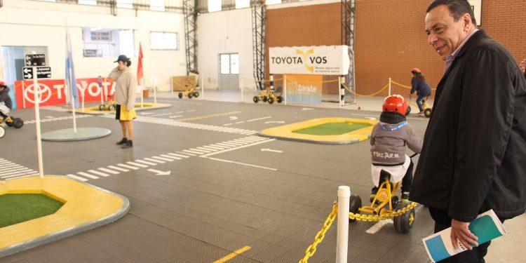 """""""Toyota y vos kids"""" se lanzó con la presencia de Cáffaro"""
