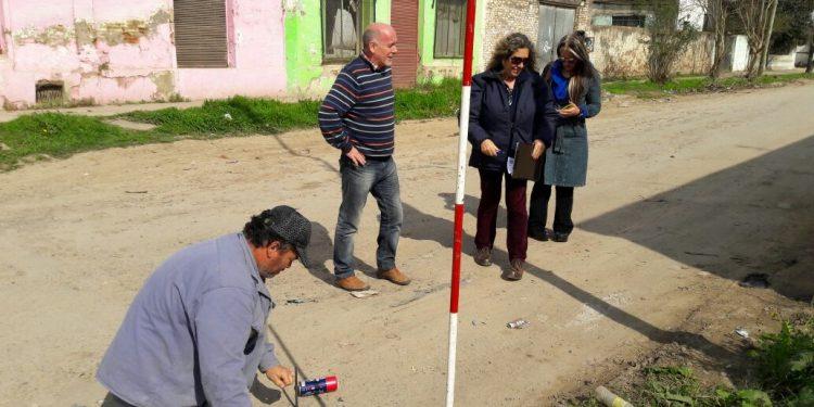 El Municipio comenzó con las obras de cordón-cuneta en ocho cuadras de Lima