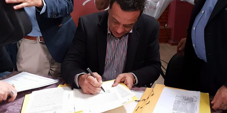 Más de 600 familias logran las escrituras de sus viviendas