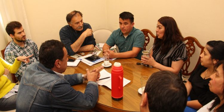 Cáffaro se reunió con autoridades de la Unión Vecinal de Villa Nueva