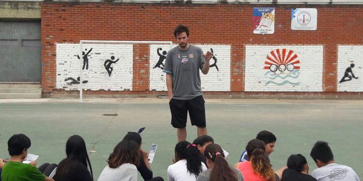 Nahuel Rizzo participó de una nueva jornada de Básquet Para Todos