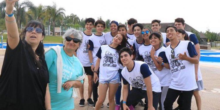 Siguen viajando los estudiantes ganadores de Costa Joven