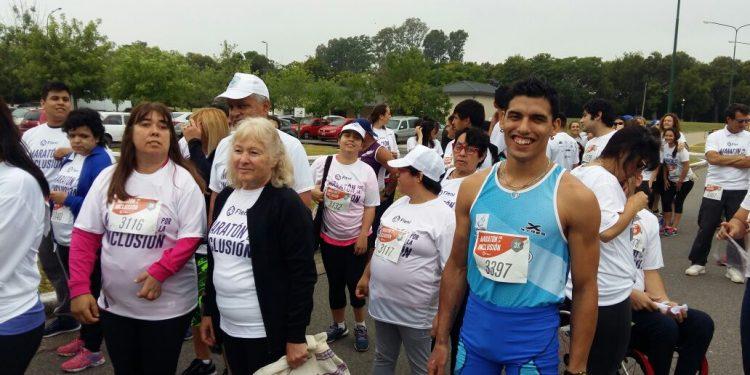 Delegación zarateña participó de la Maratón de la Inclusión