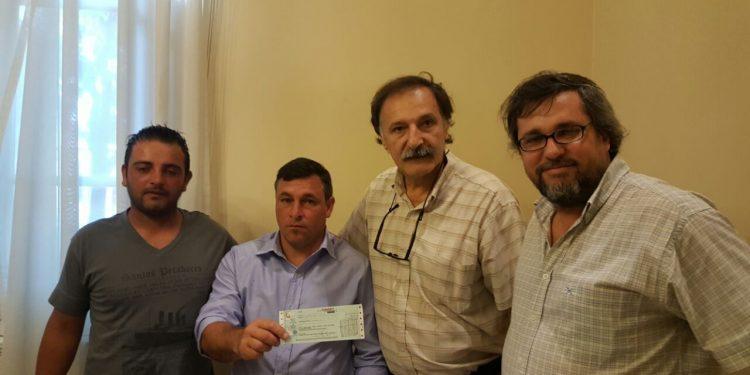 Municipio entregó subsidio al club Sarmiento