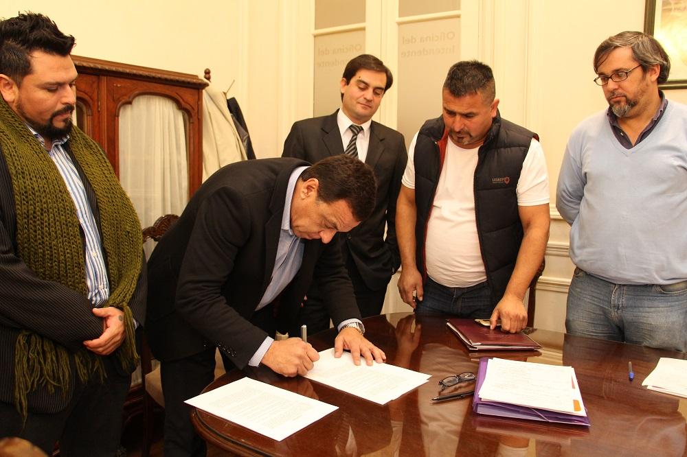 Cáffaro recibió a los vecinos de Lima y les mostró el plan de obras y servicios públicos