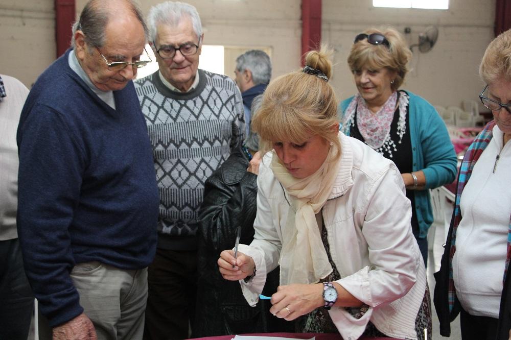 Los abuelos ya participan de la etapa local de los Juegos Bonaerenses