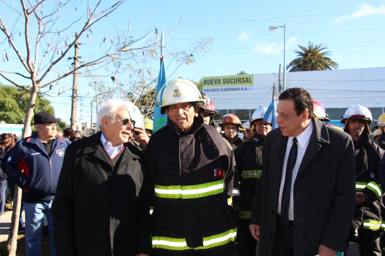 Importante anuncio del Intendente Cáffaro en la celebración del aniversario de los Bomberos Voluntarios