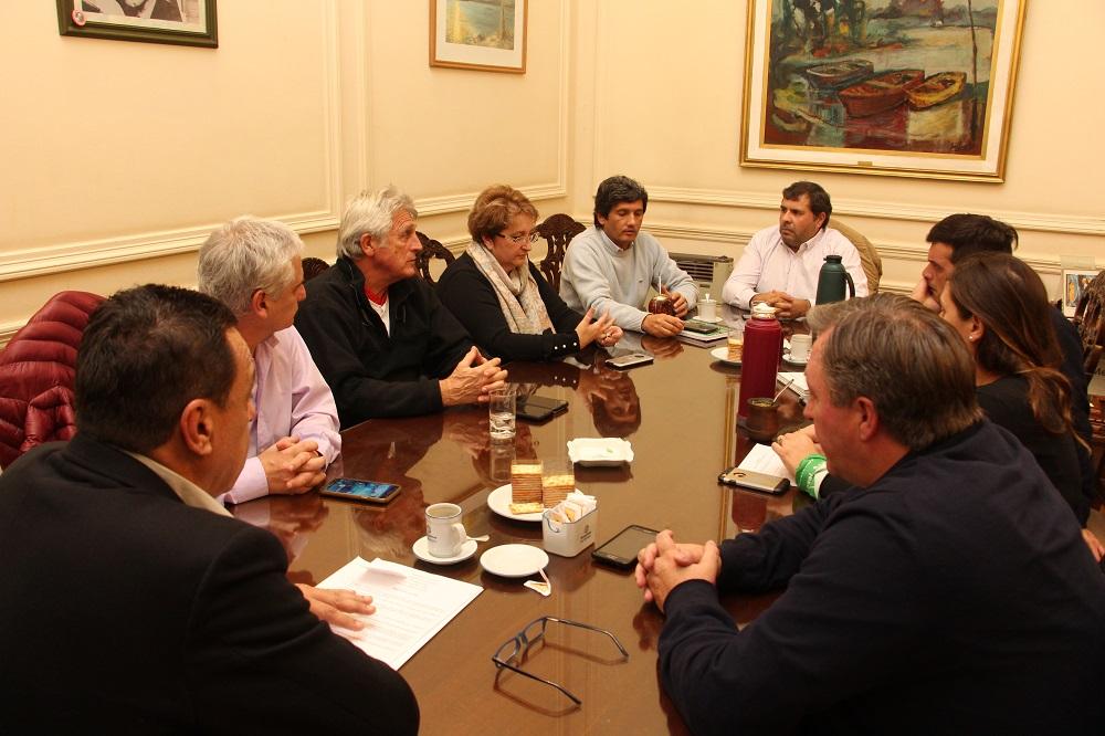 Cáffaro se reunió con concejales para avanzar en la elección por votación del Delegado de Lima