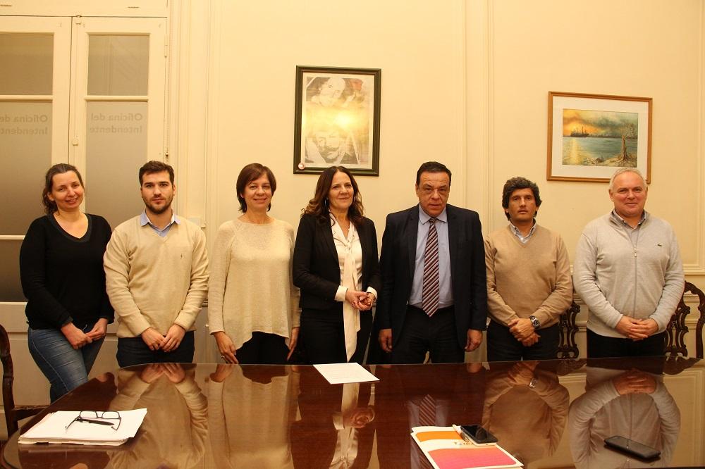 Municipiofirmóun acta complementaria con la Universidad Nacional de General Sarmiento
