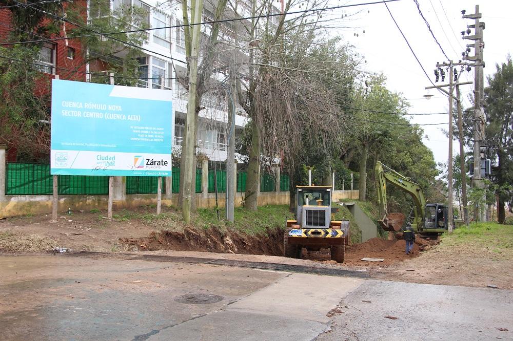 El Municipio comenzó a asfaltar Independencia entre A. Alsina y Aristóbulo del Valle