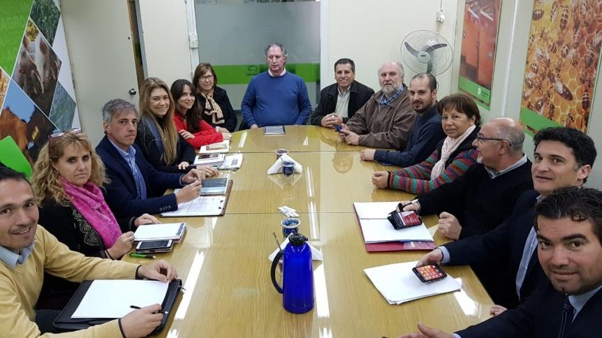 Zárate y otros 18 Municipios se reunieron con el Ministro bonaerense de Asuntos Agrarios