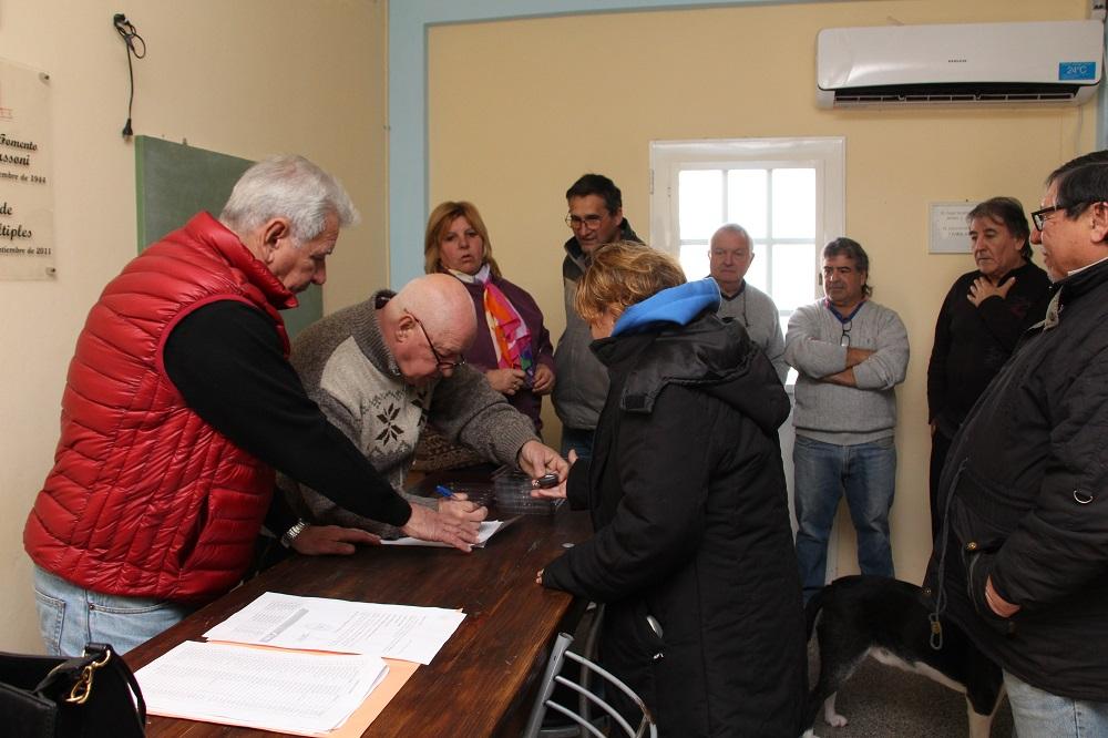 """El programa """"Alerta Vecino"""" ya funciona en el barrio Villa Massoni"""