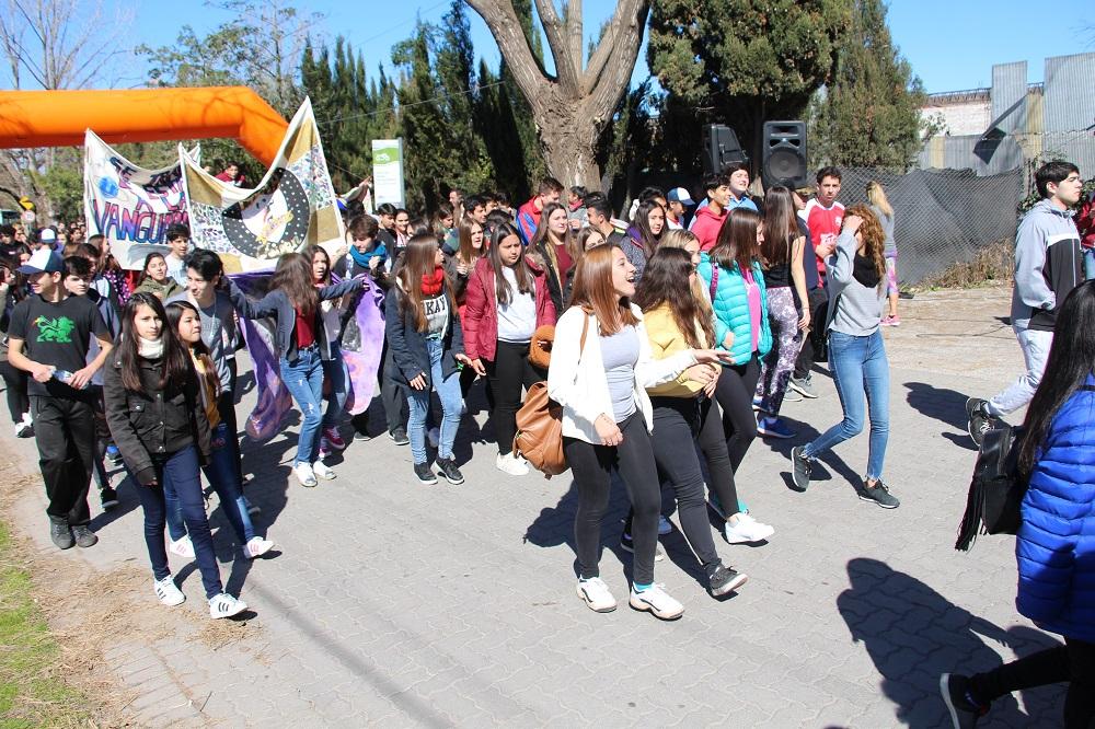 Costa Joven: se desarrollaron actividades deportivas en el Paseo de la Ribera
