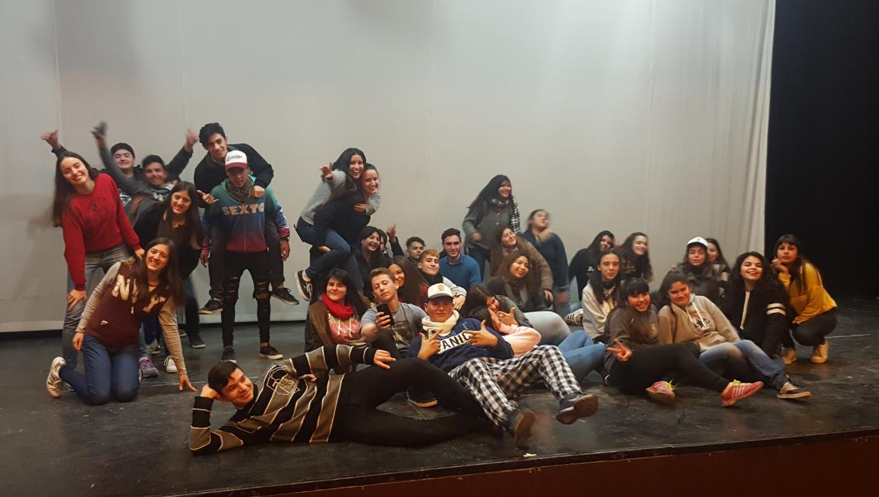 Costa Joven: se desarrolló la clínica de coreografía masiva