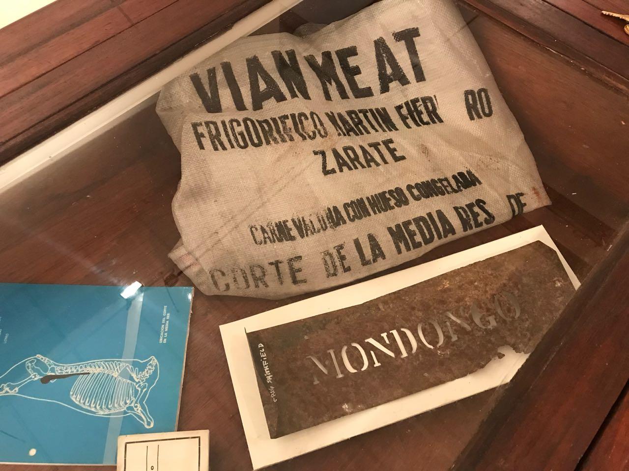Objetos del futuro Museo del Frigorífico Smithfield de Zárate se exhiben en la Ciudad de Buenos Aires
