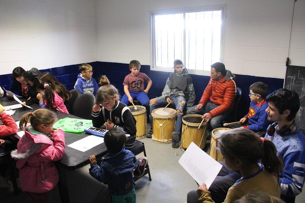 La Orquesta Infanto-Juvenil de Zárate tuvo su primera clase integral