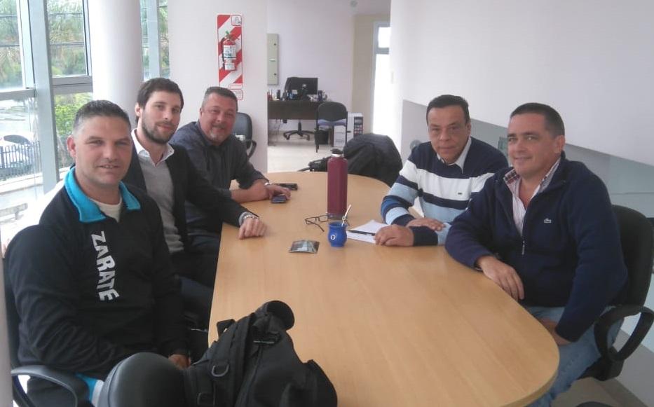 Cáffaro recibió a las nuevas autoridades del club Independiente