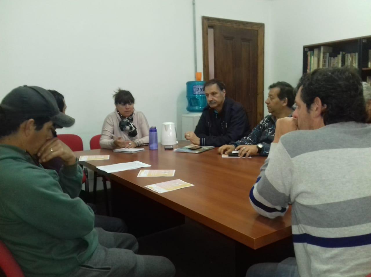 Municipio asesoró a vecinos de Lima que quieren conformar asociaciones civiles