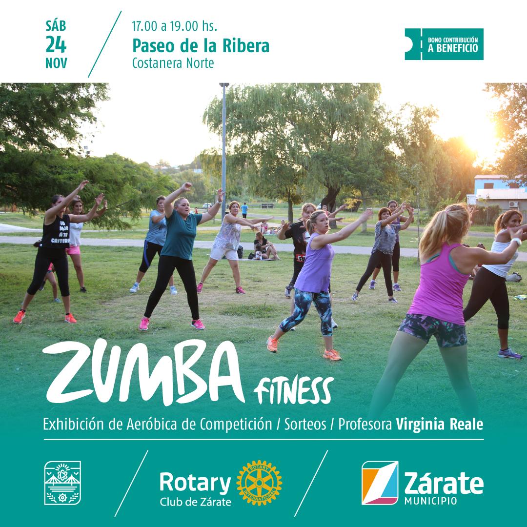 Clase de Zumba Fitness en el Paseo de la Ribera