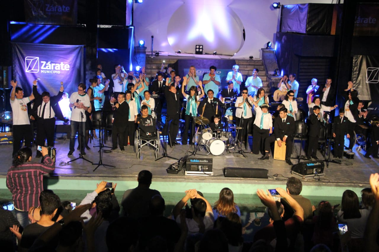 Exitosa presentación de la orquesta municipal de Cuento con Alas