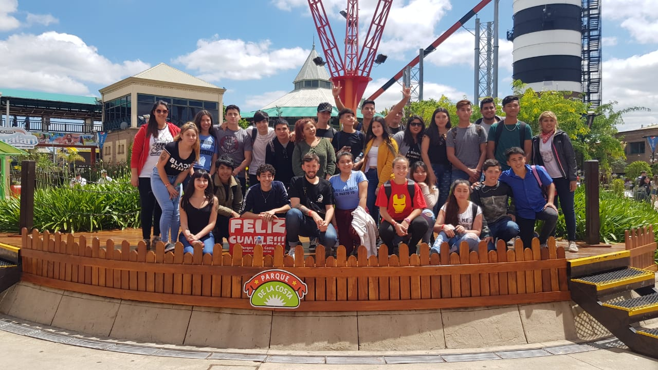 Viajan más ganadores de Costa Joven