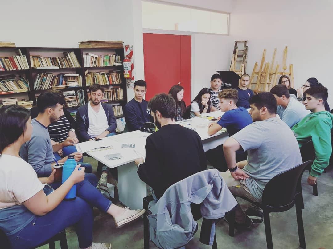 """Municipio propone la creación de un """"Ágora de Juventudes"""""""