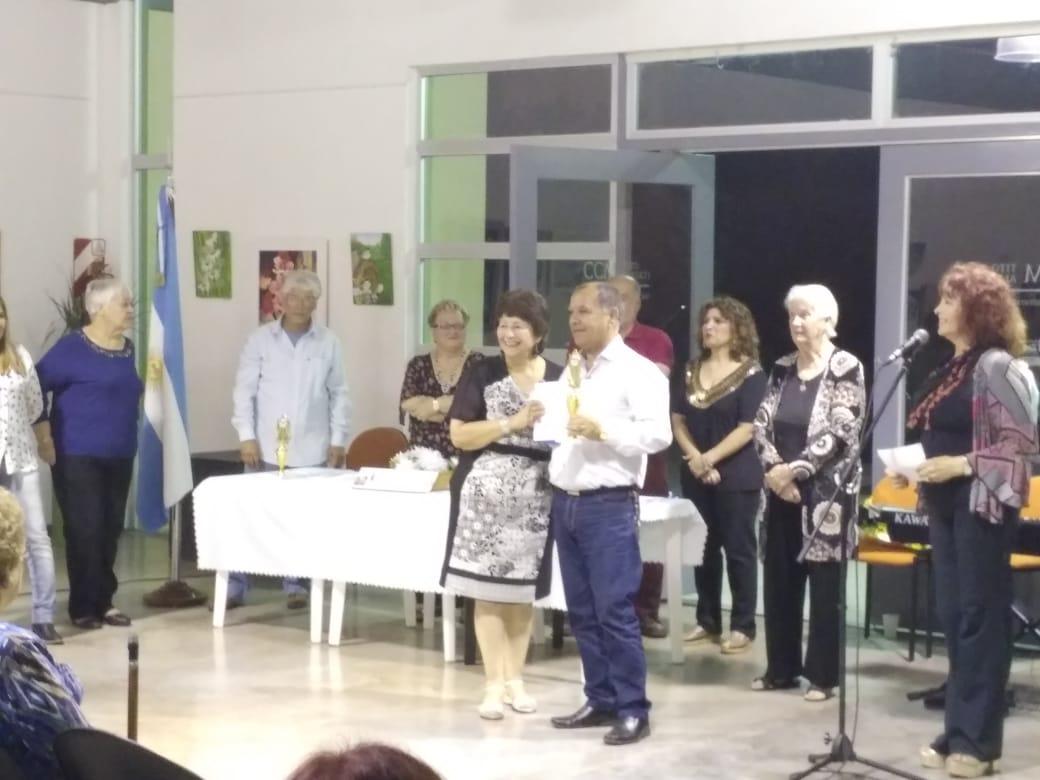"""Se entregó la Orden del Libro en el Centro Cultural Municipal """"Tito Alberti"""""""