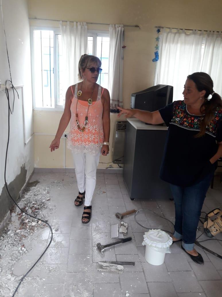 Municipio y Consejo Escolar recorren obras en instituciones educativas