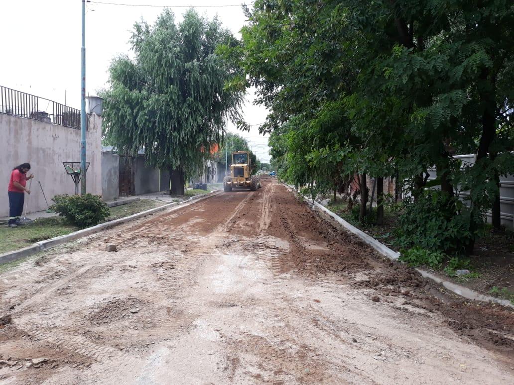 Comenzaron obras en calles de Villa Angus y Protierra