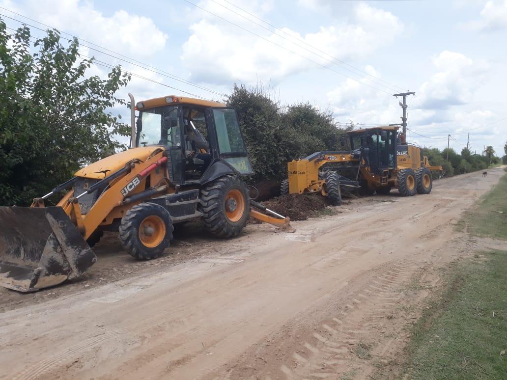 Municipio repara calles en el barrio El Mangrullo