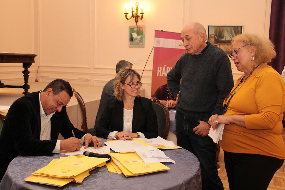 El Intendente Cáffaro encabezó una nueva firma del Plan de Escrituración Social