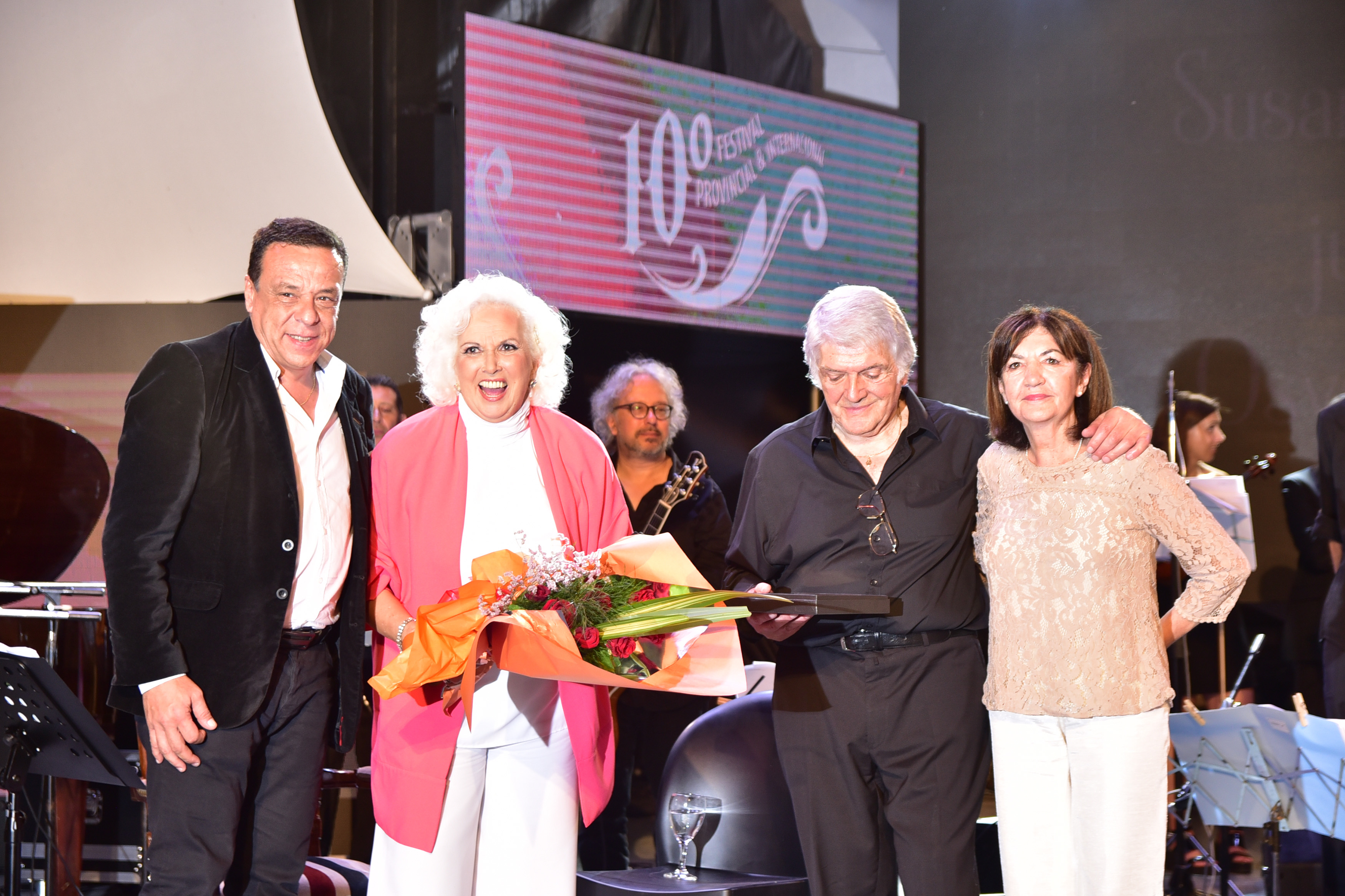 Gran cierre del 10° Festival Provincial e Internacional de Tango con el Anfiteatro lleno