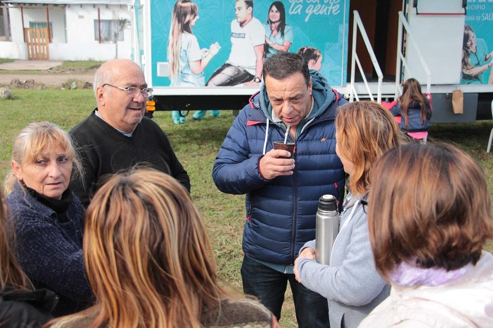 Programa Mi Barrio: Cáffaro puso en marcha el Quirófano Móvil Veterinario