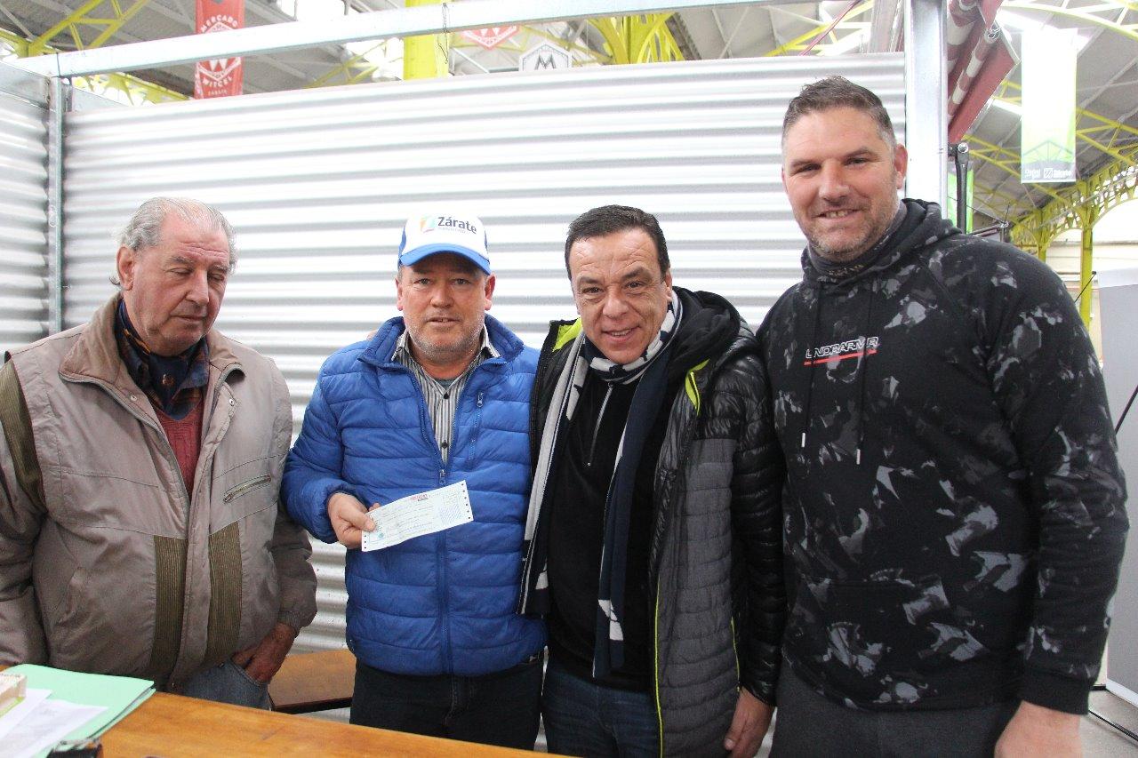 Municipio entregó subsidio a la Asociación Zarateña de Bochas