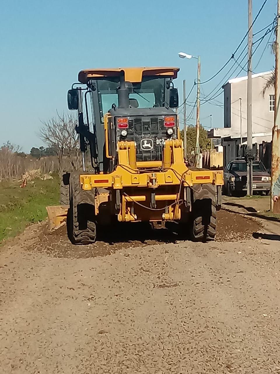 Municipio continúa con el mantenimiento y arreglo de calles