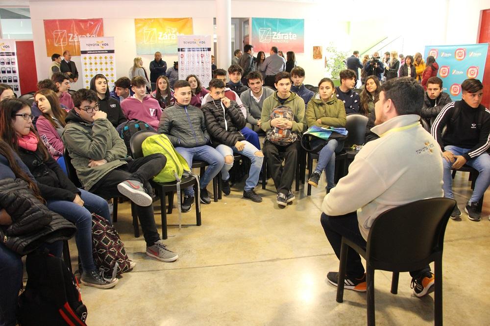 """El programa de seguridad vial """"Toyota y vos"""" se desarrolla en el CCM """"Tito Alberti"""""""