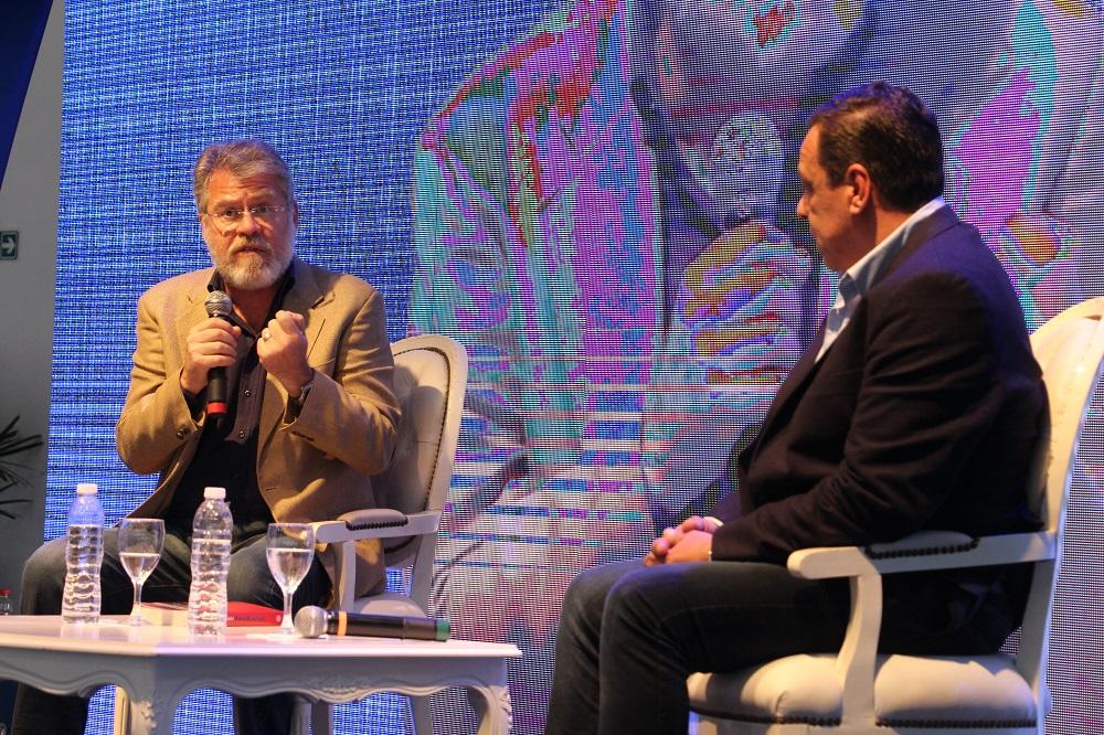 Exitoso primer día de la Expo del Conocimiento con el cierre a cargo de Ricardo Forster