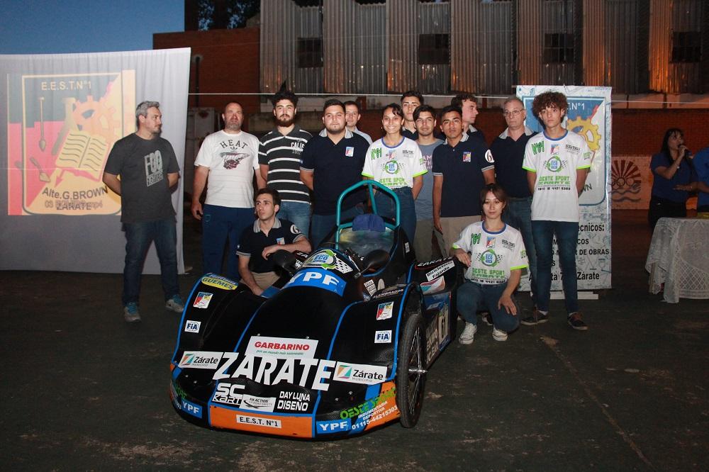 Alumnos del Colegio Industrial presentaron el proyecto del auto eléctrico