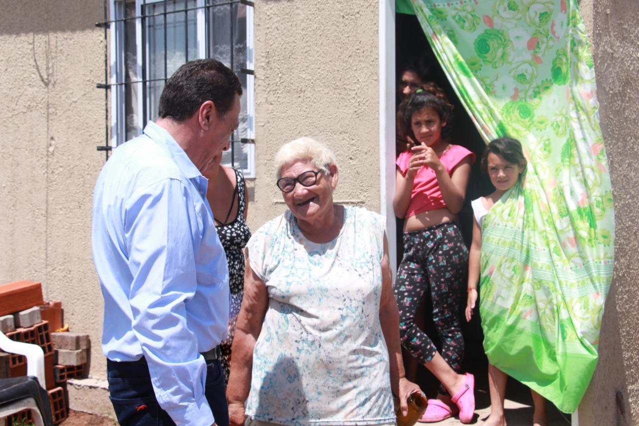 Cáffaro acompañó la relocalización de los vecinos de Los Pomelos