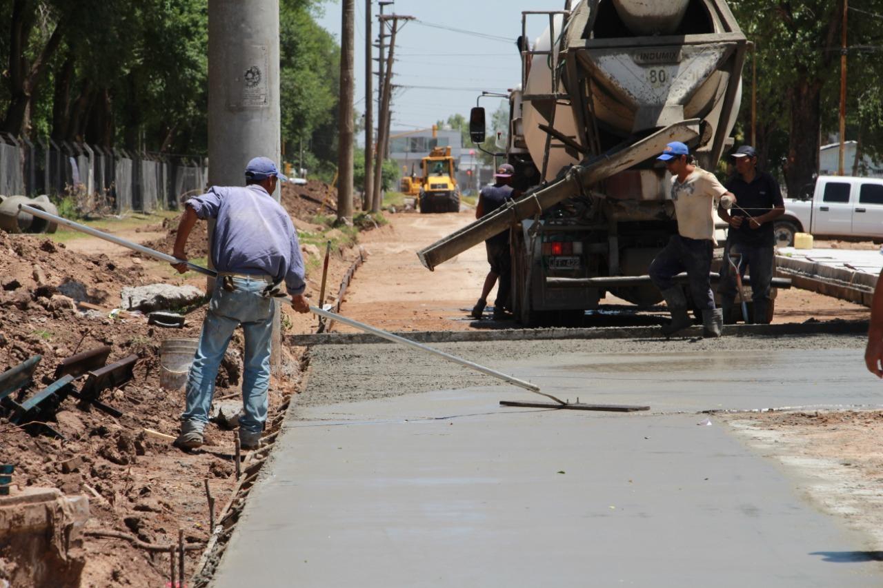 Avanzan las obras de pavimentación de la Avenida Teodoro Fels