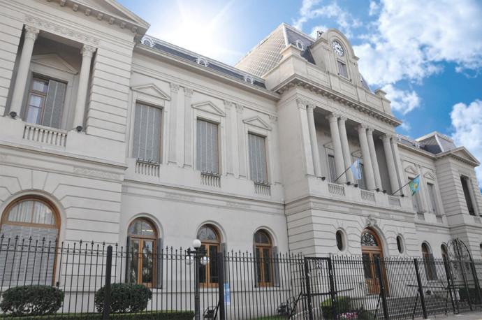 El Municipio solicita a los comerciantes que se nucleen por rubros para presentar las propuestas con sus protocolos incluidos.