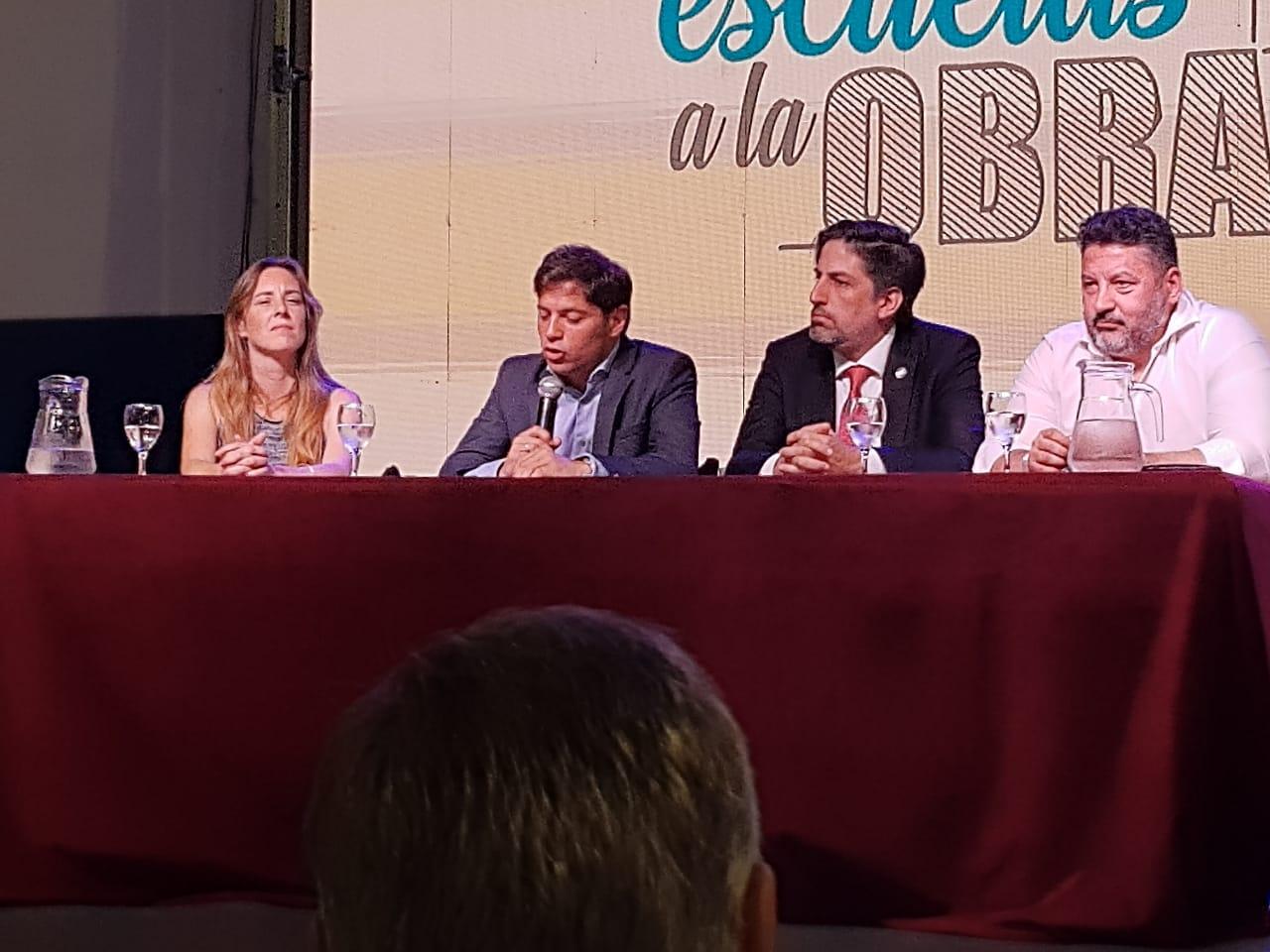 """El Municipio estuvo presente en la presentación de """"Escuelas a la Obra"""""""