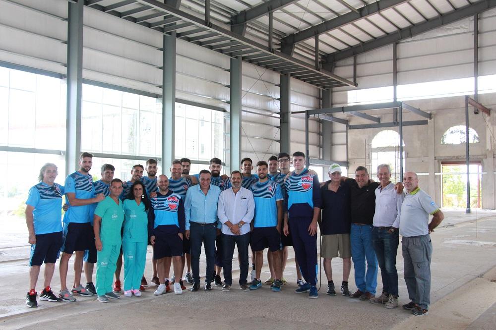 Cáffaro recorrió el avance de la obra del Polideportivo Municipal