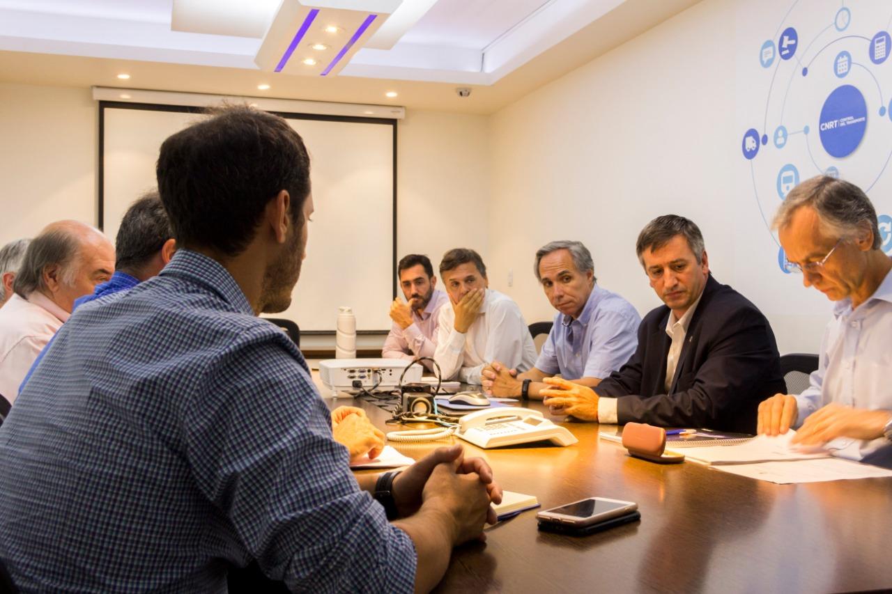 Municipio se reunió con funcionarios de la Comisión Nacional de Regulación del Transporte