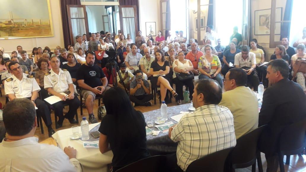 Reunión informativa donde se Anunció el Decreto de Emergencia Sanitaria