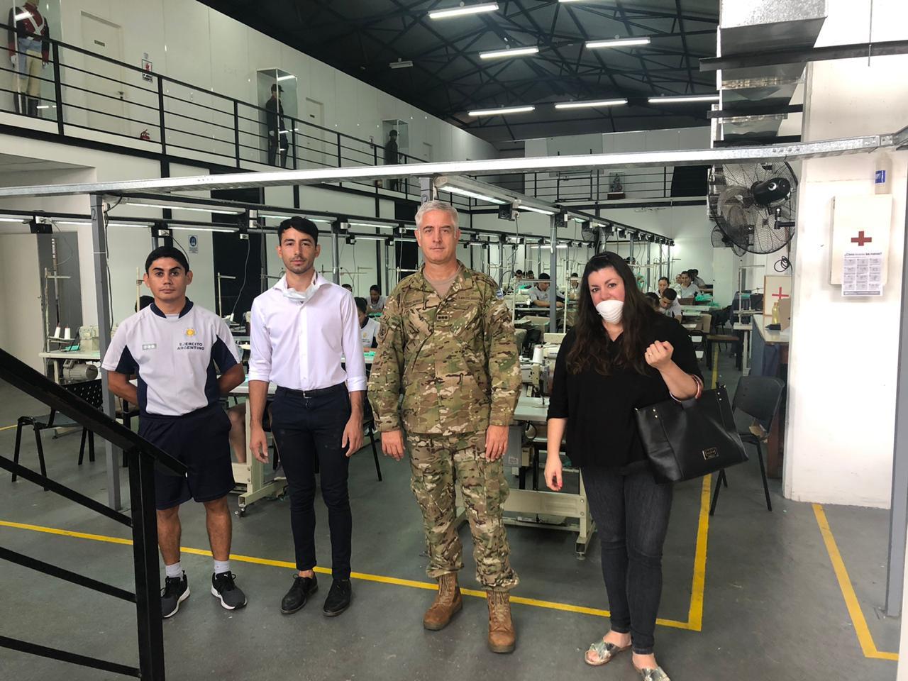 Coronavirus: El municipio, por disposición del Intendente Cáffaro visitó la Sastrería Militar