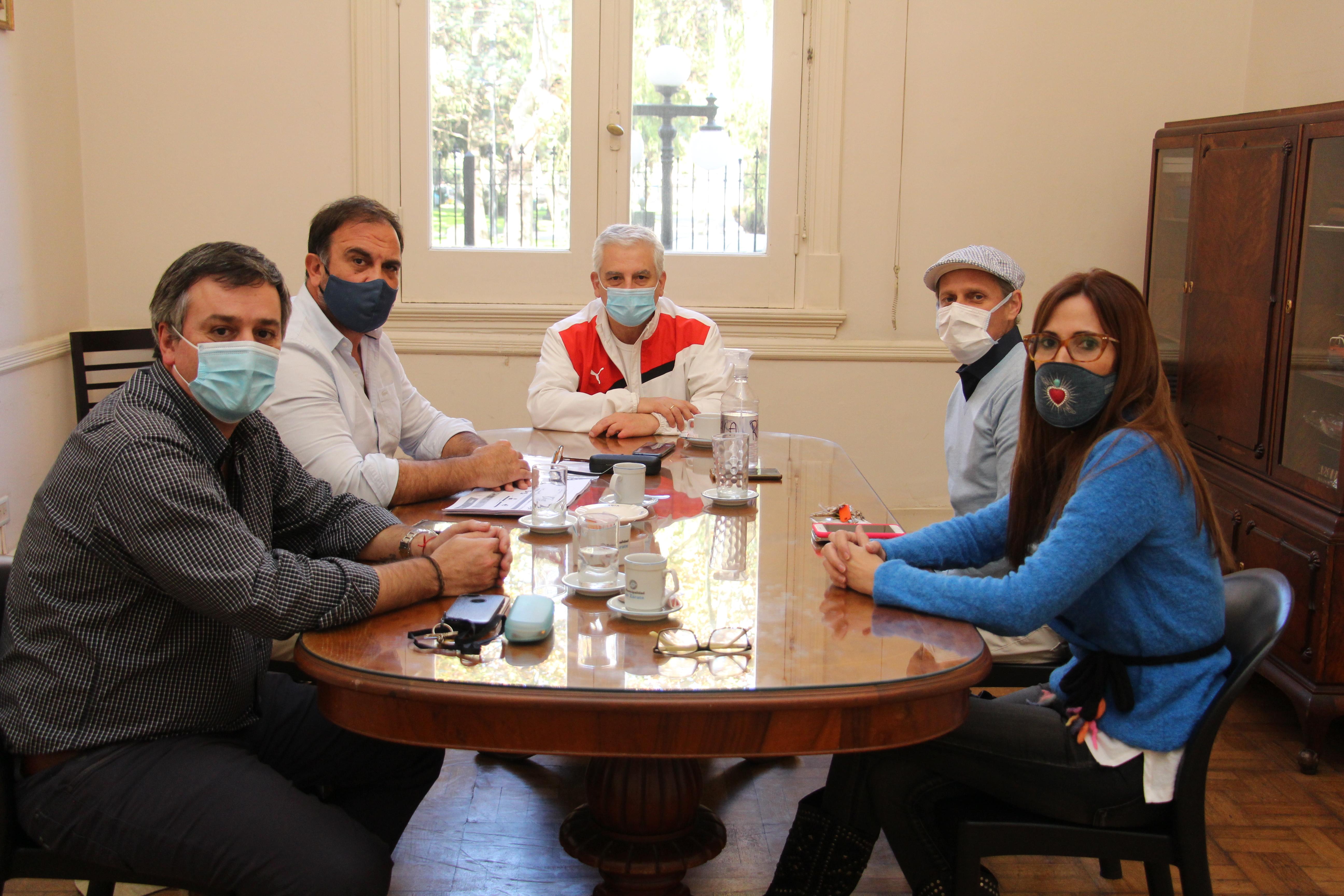 ZárateCuida: Municipio mantuvo reunión operativa con el Círculo Médico y Círculo odontológico de Zárate